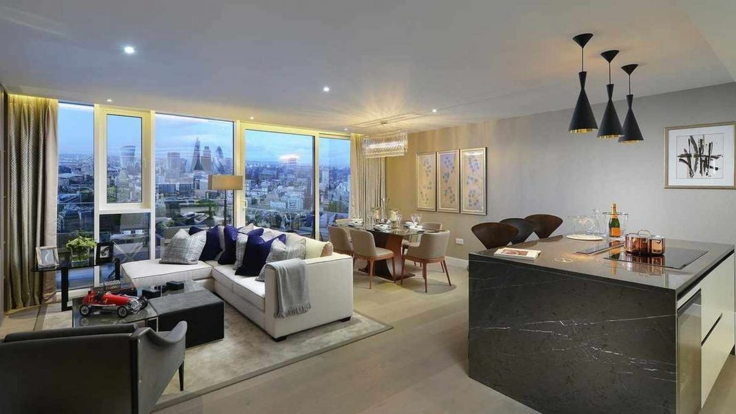 Luxury apartment with lighting control