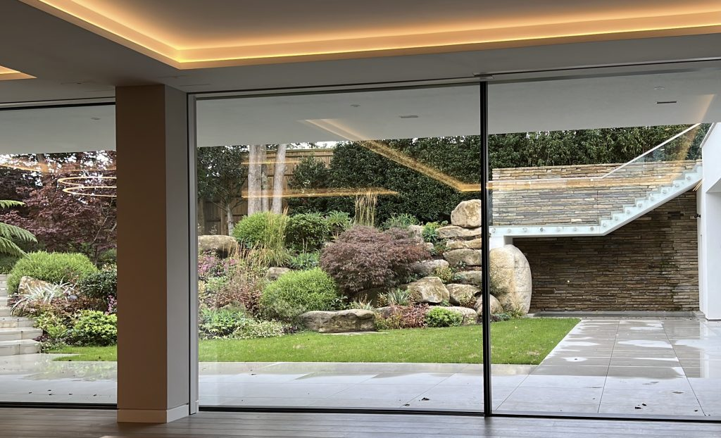 Automated doors, connected to the Lutron intelligent ligthing system.